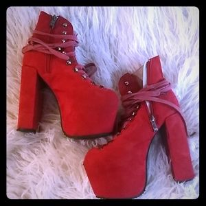 Red UNIF hellbounds